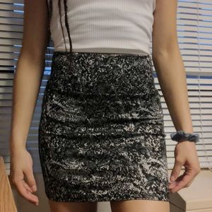 Dresses & Skirts - Black/Silver Stretchy Pencil Skirt! Worn Once